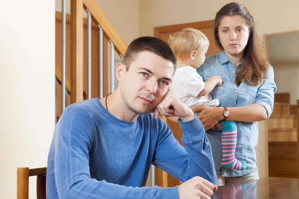 Алименты на содержание жены, воспитывающей ребенка до 3 лет