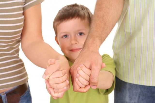 Усыновление ребенка супругами